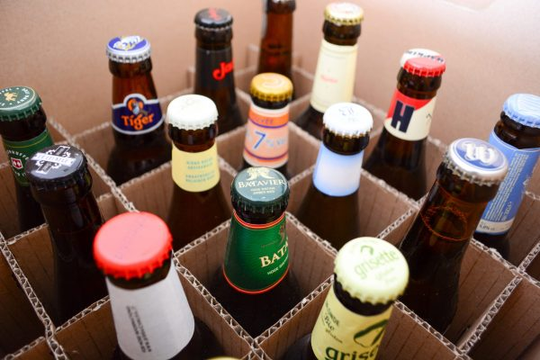 alcohol-beer-bottle-cardboard-2759614