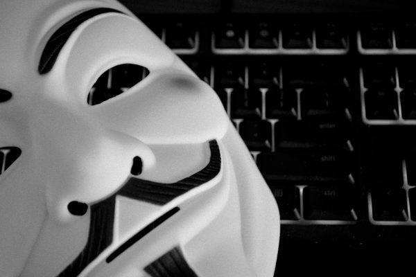 anonymous-guy-fawkes-hacker-keyboard-1309570